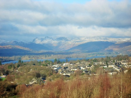 Windermere and Langdale Pikes from School Knott.
